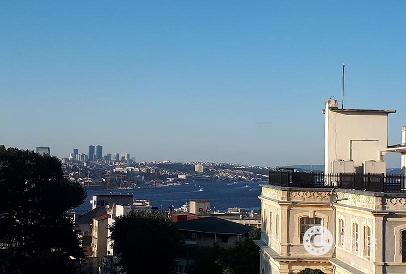 کنسولگری ایران در استانبول 1