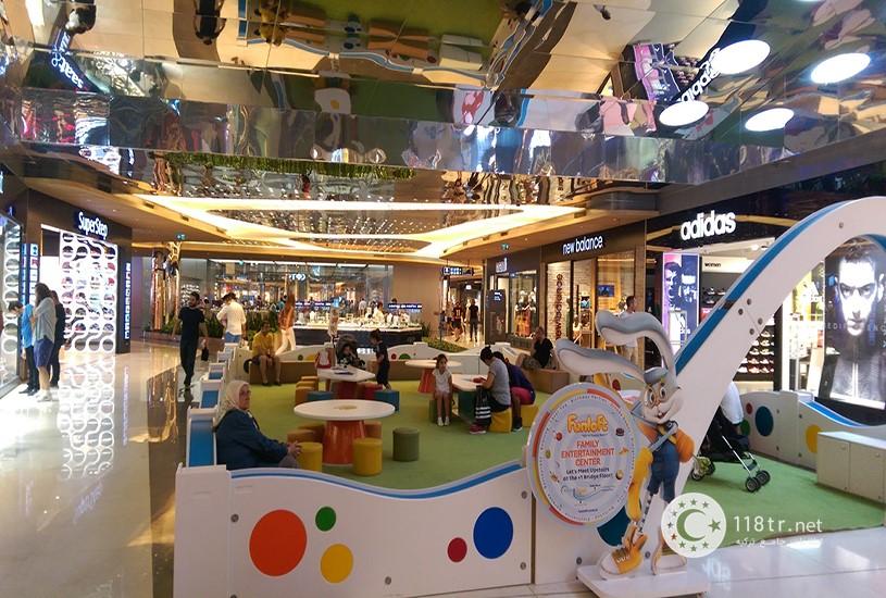 مرکز خرید زورلو سنتر استانبول 6