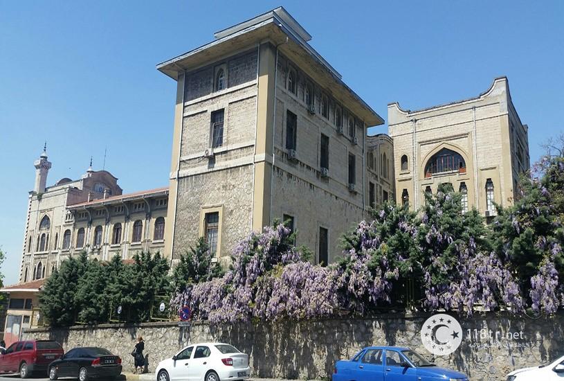 دانشگاه های استانبول و شهریه آن ها 30