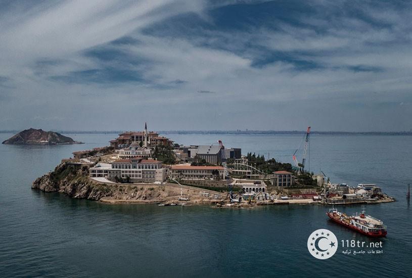 جزیره دموکراسی و آزادی های استانبول 6