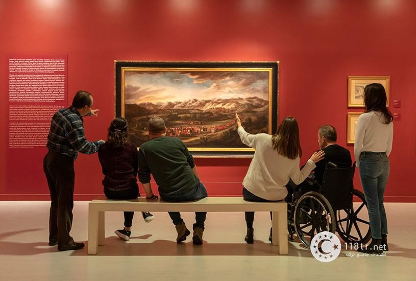 نمایی از داخل موزه پرا استانبول