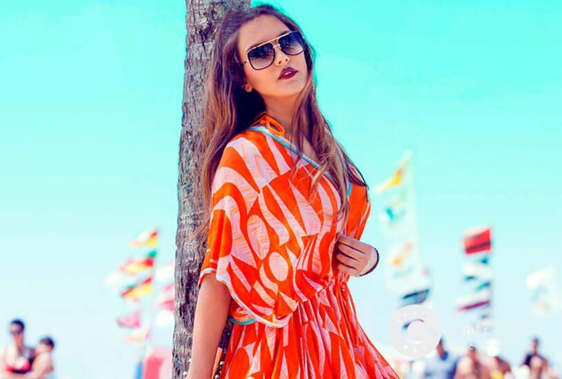دمت آکالین خواننده مشهور ترکیه 3